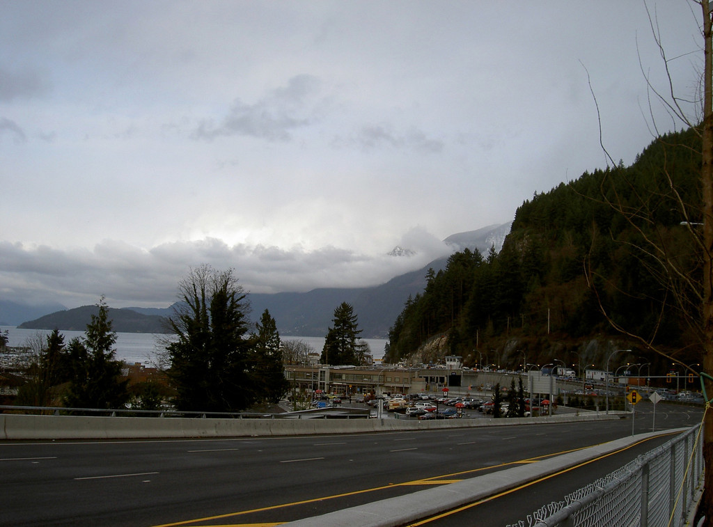Another way to get to Vancouver Island from the mainland is to <br /> take the ferry from Tsawassen (south of the airport) or from Horseshoe Bay north of Vancouver.