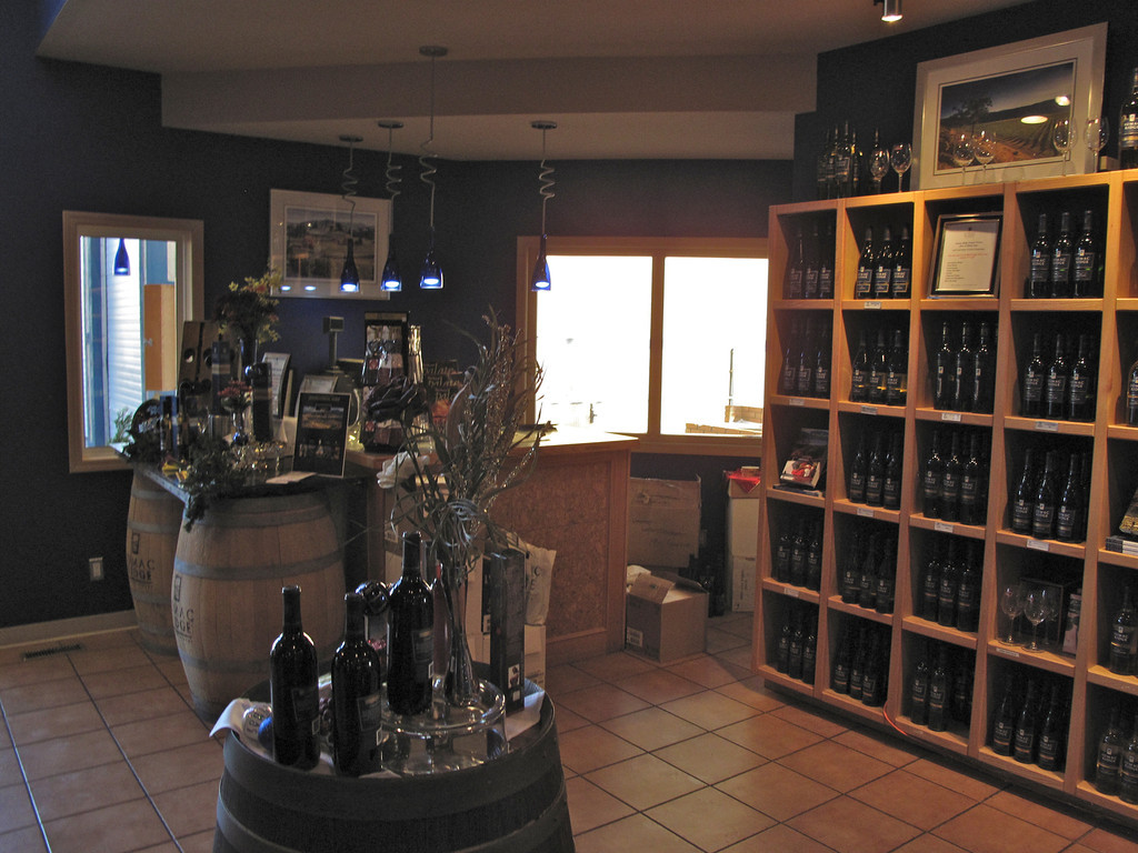 The tasting room at Sumac Ridge.