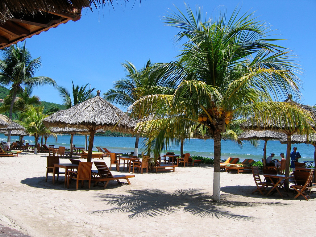 1000 feet of private white sand beach stretch along the bay in front of the resort.