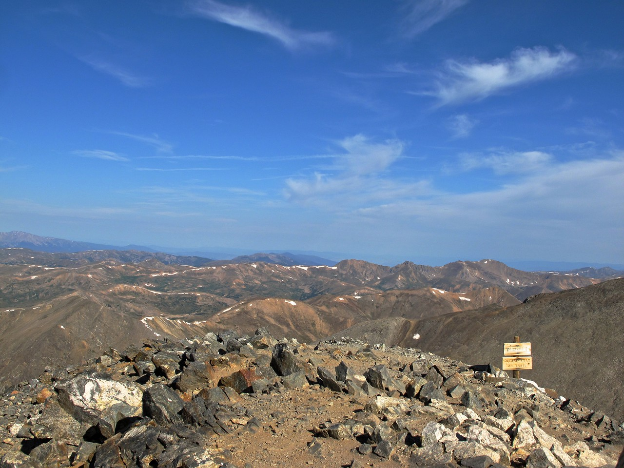 At the top of Gray's, extensive views stretch south to Pike's Peak and the San Luis Valley, east to the Great Plains, West to Silverthorne, and north to Longs Peak and Rocky Mountain National Park.