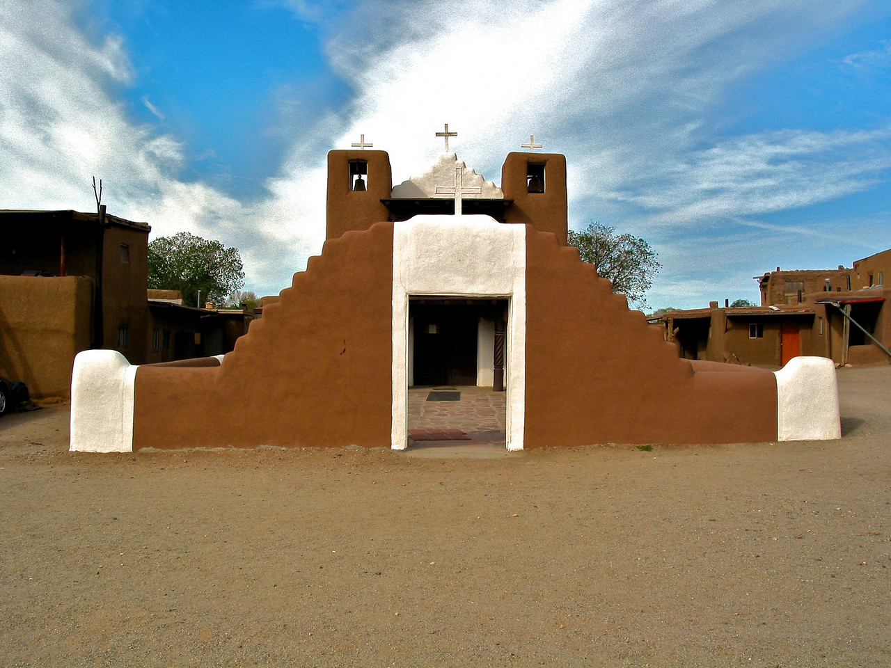 The present San Geronimo, or St. Jerome, Chapel was completed in 1850 to replace the original church which was destroyed in the War with Mexico by the U.S. Army in 1847.