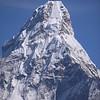 Ama Dablam (6.856 m) zoom in.