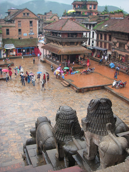 Bhaktapur, Temple courtyard – Kathmandu, Nepal