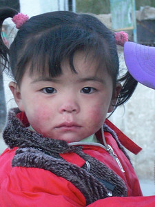 Girl from Tashi Zong (4.185m = 13,730ft) 2