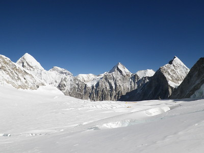 View downhill western CWM towards C1 (6.100 m = 20,013 ft).
