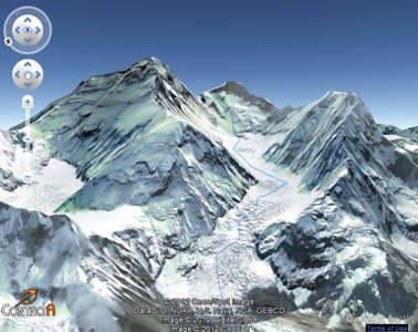Approach the roof of the world through Khumbu Valley (Nepal)