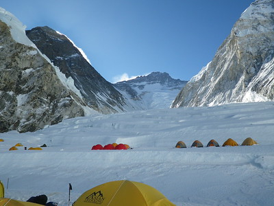 Everest Camp 1 (C1) is located just above icefall at 6.100 m = 20,013 ft.