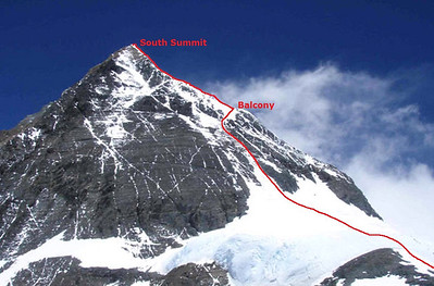 Approaching South Col South Col (25,938ft = 7.906m) on May 18th. Tomorrow's route is sketched.
