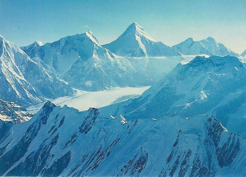 The Central Tian Shan is a harsher environment than the Pamir, colder and more precipitous. The effects of altitude are felt more acutely because of the northern latitude. Can be compared to 8000m in the Himalaya.