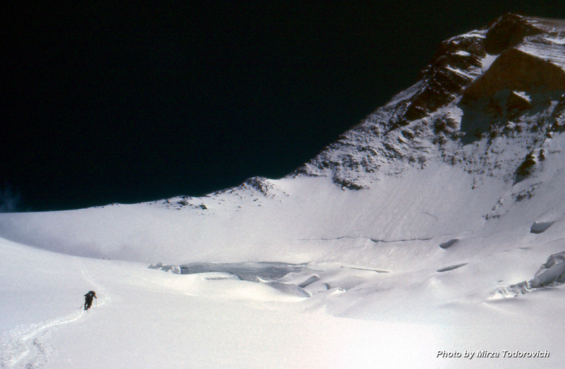 Between Camp2 and Camp3 is a long way over the steep snow field. On the right is Khan Tengri summit pyramid. Our team will climb the West Ridge, in the center of the image