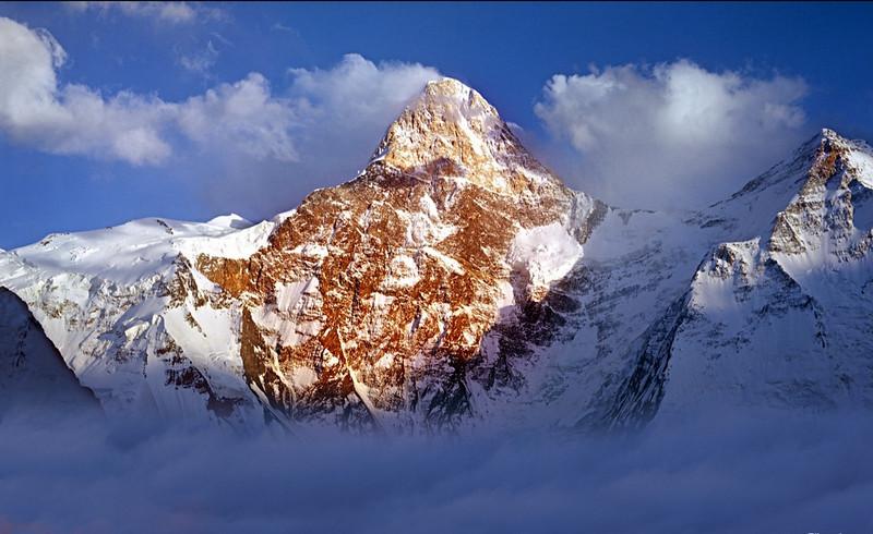 Khan Tengri (7013m), blood-red mountain - North face.