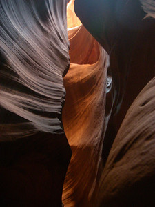 Photography within the canyons is difficult due to the wide exposure range made by light reflecting off the canyon walls.