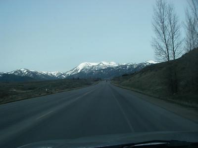 Approaching Teton Pass (8,431ft = 2.570m)