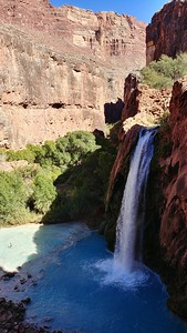 Havasu Falls (100 ft - 30 m) 1.5 miles from Supai Village