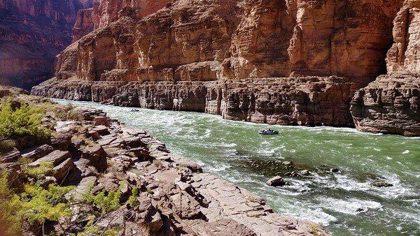 Rafters at Colorado River confluence (2,093 ft)1