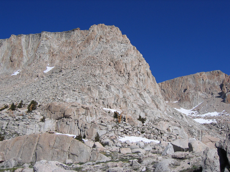 The cliffs next to the Lake 5. Elevation on the top around 3,700 m. Langley summit massif on the right