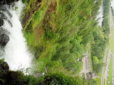 Many waterfalls around.
