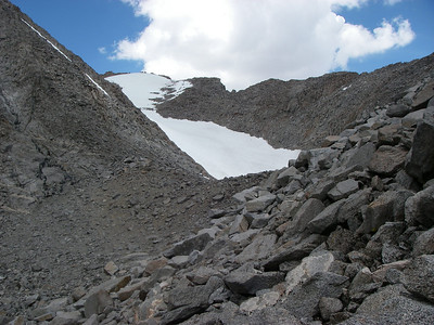 Approach towards Polemonium Peak 14,080ft = 4,292m and Mount Sill 14,153ft = 4,314m from south side. Just below Mt Sill powerful thunderstorm with snow and lightning hit us