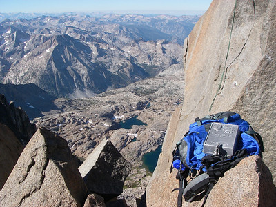 The views from the summit are incredible - toward Kings Canyon to the West and Palisades Basin