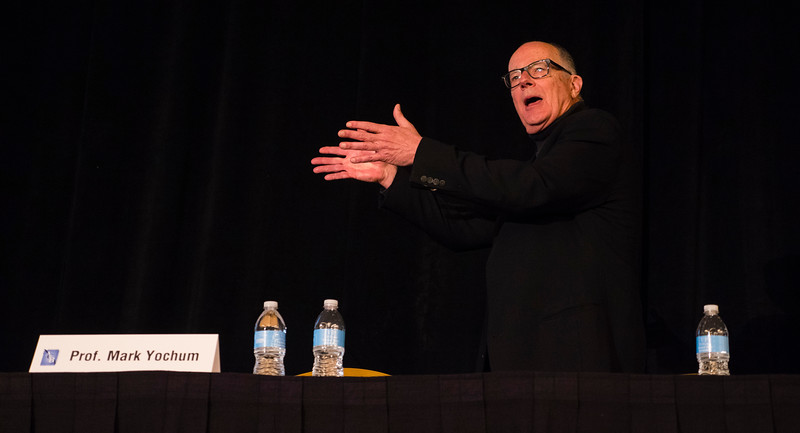 """Mark Yochum speaks during """"Social Media in a Bankruptcy World"""" at Saturday sessions"""