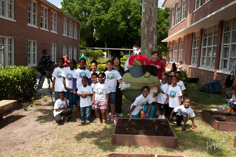 CommunityServiceProject_PhotographedByLifetouch-9