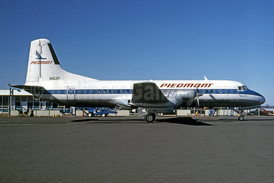 Piedmont Airlines (1st) NAMC YS-11A-205 N162P (msn 2052) HKY (Ellis M. Chernoff - Bruce Drum Collection). Image: 926996.