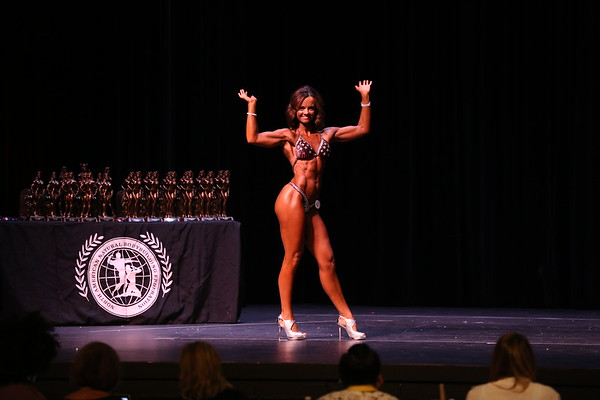 37- Nicole Syryczuk