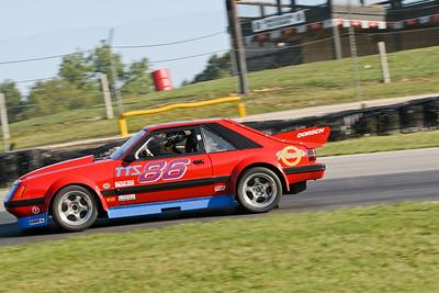 IMG_4782_Hitzeman_NASA-Championships_Mid-Ohio_TTU#86 Mustang_Dorsch_Sep2008
