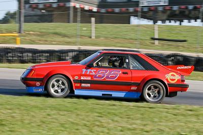 IMG_4810_Hitzeman_NASA-Championships_Mid-Ohio_TTU#86 Mustang_Dorsch_Sep2008