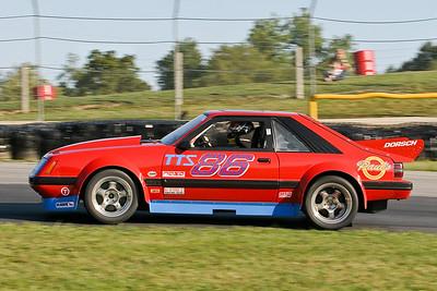 IMG_4811_Hitzeman_NASA-Championships_Mid-Ohio_TTU#86 Mustang_Dorsch_Sep2008