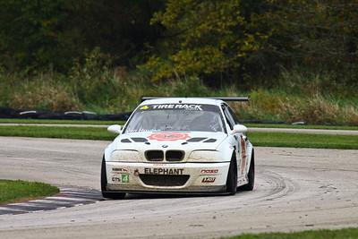 GTS4 #41 BMW @ Putnam Park