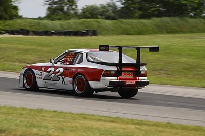 GTS3 #22 Porsche 944 @ Grattan, June 2012