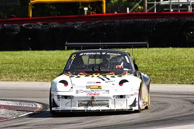 IMG_3873_Hitzeman_NASA MO_GTS3#11 Porsche_Clark_Sep2012