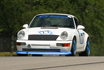 IMG_5597_Hitzeman_NASAMidOhio_HPDE#77 PorscheRS_King_JulAug2011