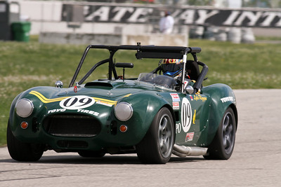 The familiar NASA FFR Cobra of Lyle & Julie Riggens ruled the class at GIR, April 2010