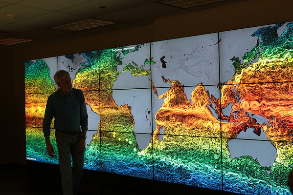 Tucker shows more sea surface temperature data on NASA's Hyperwall.