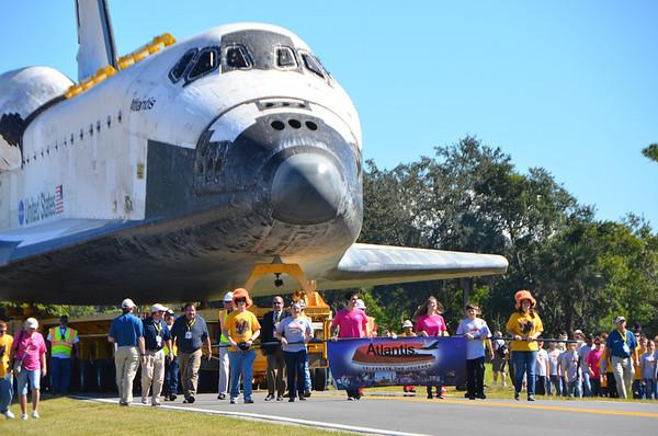 Shuttle Atlantis Makes Final Trip … to KSC Visitor Center