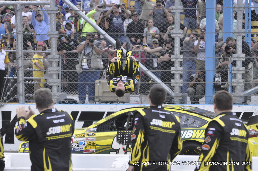 YEP CARL EDWARDS TUCK AND FLIP ! BACK WARDS ! <br /> GETTING SOME AIR !