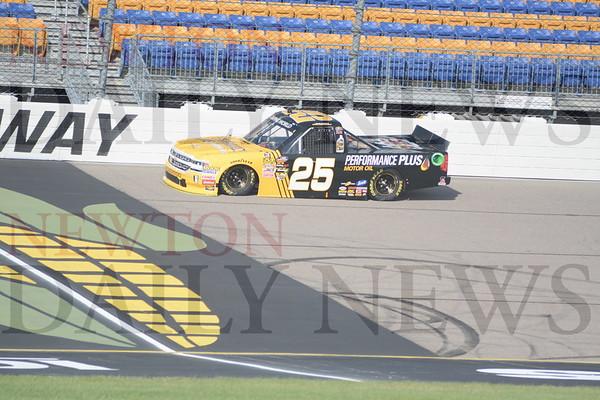 NASCAR Trucks 6-16-18