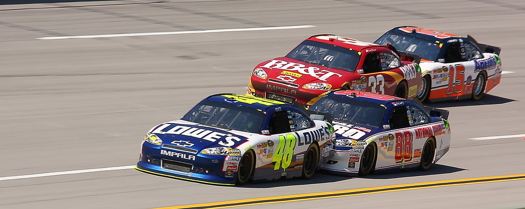 Dale Jr pushing the No 48 Jimmie Johnson car Talladega