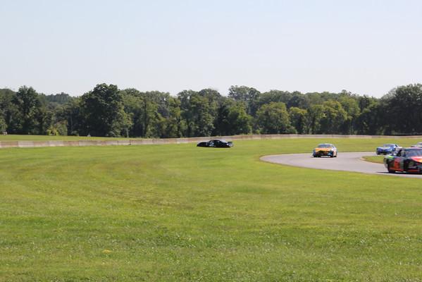 NASCAR K & N east   V I R raceway