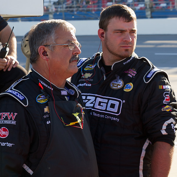 Hornaday Team Watches Late in race at 2010 Mountain dew 250 at Talladega.