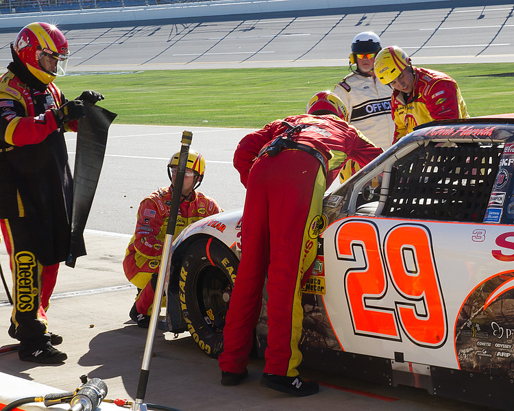 Harvick's Team Putting Bear Bond Tape Repair on Shell Pennzoil No. 29 at Talladega Amp Energy Juice 500