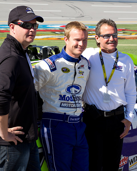 Chad McCumbee, Team, Fans, Sponsors, guests, and Friends on Starting Grid at Talladega.