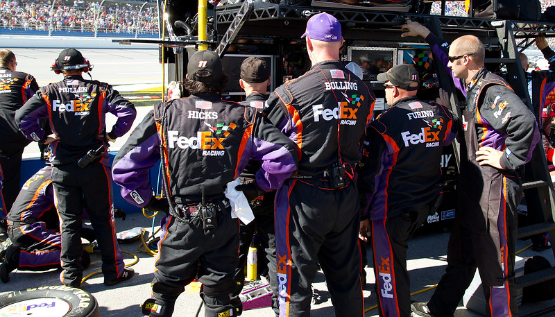 Bolling, Mullen, Hicks, Furino, Peagram and othe Hamling FedEx Crew Members Watch the Final Laps of the Amp Energy Juice 500 at Talladega.