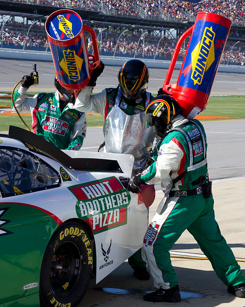 Fueling in the Talladega Pits by the Sadler Team During The Amp Energy Juice 500.