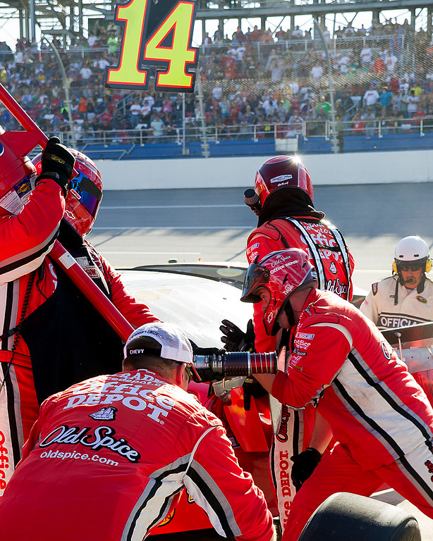 Tony Stewart Office Depot Old Spice Team Hard at Work During the Amp Energy Juice 500 at Talladega