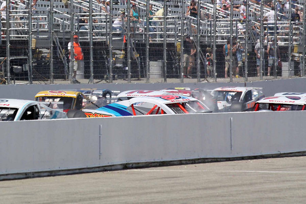 Nationwide, Camping World East and Whelen Modifieds at NHMS June 2009