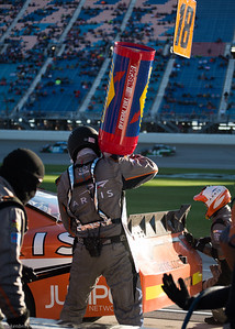 Chicago Speedway #18 Xfinity Pit LR -4558
