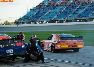Chicago Speedway #18 Xfinity Pit LR -4608